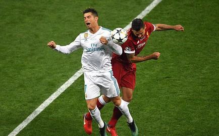 """TRỰC TIẾP Real Madrid 0-0 Liverpool: """"Dính đòn"""" của Ramos, Salah rời sân"""