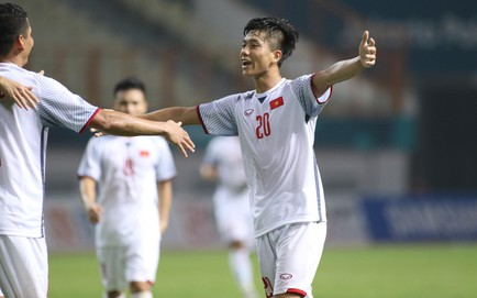 TRỰC TIẾP U23 Việt Nam 2-0 U23 Nepal: Phan Văn Đức nhân đôi cách biệt sau pha phối hợp tinh tế