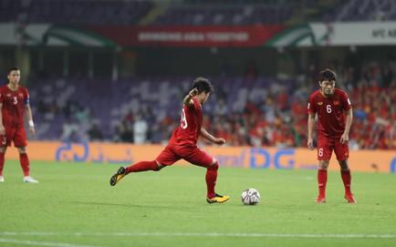TRỰC TIẾP Việt Nam 1-0 Yemen: Quang Hải lập siêu phẩm đá phạt cho Việt Nam