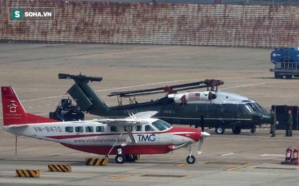 [NÓNG] Ngựa thồ C-17 Mỹ đáp xuống sân bay Nội Bài, thả siêu trực thăng Marine 1 của TT Trump