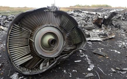 NÓNG: 3 người Nga, 1 người Ukraine bị cáo buộc giết người và bắn hạ máy bay MH17