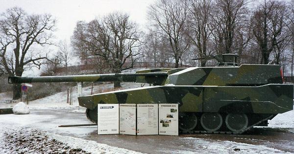 Stridsvagn 2000 – Xe tăng chiến đấu chủ lực cỡ nòng lớn của Thụy Điển