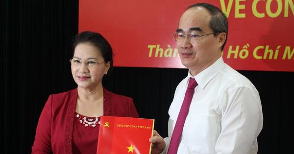 Người dân Sài Gòn kì vọng gì về tân Bí thư Nguyễn Thiện Nhân?