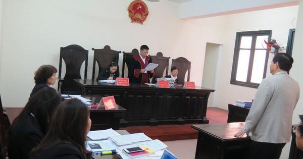 """Bộ trưởng Bộ GD&ĐT """"thua kiện"""" trong vụ thu hồi bằng tiến sĩ của ông Hoàng Xuân Quế - Soha"""