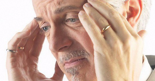 Đau đầu như thế nào là cảnh báo ung thư não?