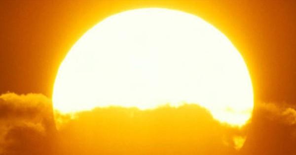 Đợt nắng nóng đầu tiên đến muộn, nhiệt độ lên tới trên 40 độ C