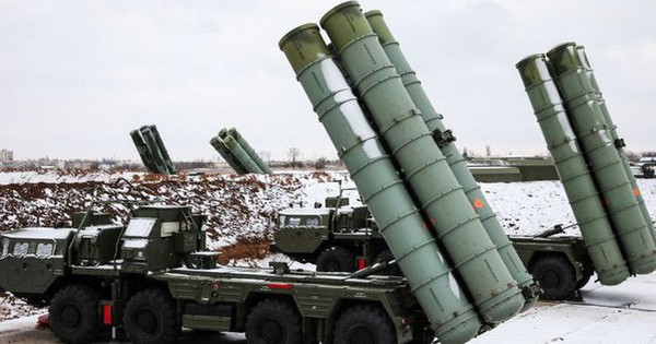 """Nga """"đền"""" Trung Quốc lô tên lửa S-400 do chính tay mình tự phá hủy trước đây"""