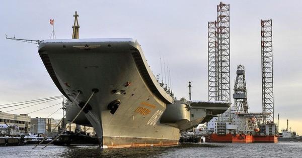 Tàu sân bay Kuznetsov duy nhất của Hải quân Nga trở về