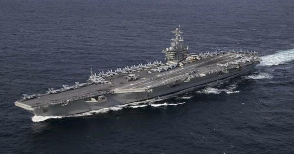 Định dằn mặt Iran, tàu sân bay Mỹ bị nhà báo Đức gọi là