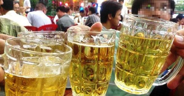 Uống 1 lon bia/ngày cũng tăng nguy cơ mắc ung thư, vậy mà người Việt