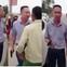 VIDEO: Người đàn ông đi ô tô rút súng doạ bắn dân sau va chạm giao thông