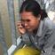 Chồng móc ví, điện thoại đưa cho vợ rồi nhảy xuống sông Sài Gòn tự tử