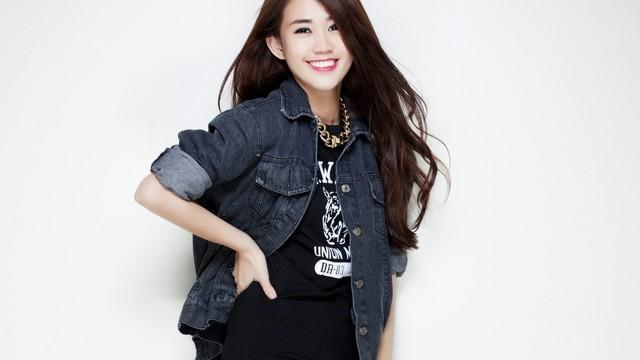 """Hot girl Ngọc Thảo: """"Sống tốt để mẹ có thể yên lòng"""""""