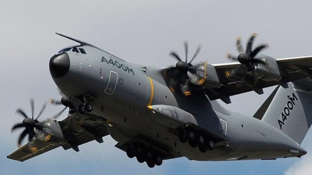5 máy bay vận tải quân sự cánh quạt nổi tiếng nhất thế giới