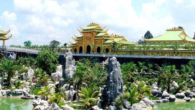 Khu du lịch Đại Nam của đại gia Huỳnh Uy Dũng mở cửa miễn phí