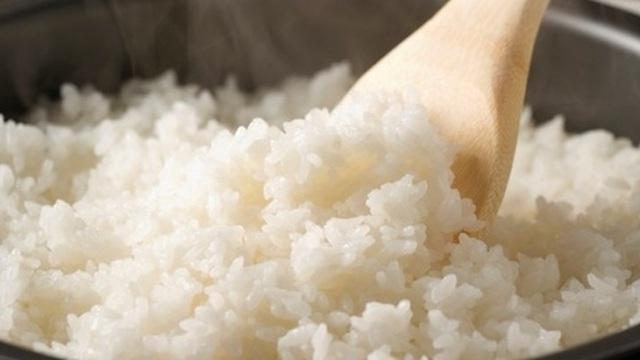 Sai lầm khi nấu cơm có thể khiến mọi gia đình mắc bệnh