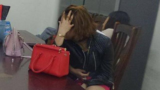 Hám 'của lạ', U60 bị trộm sạch ví tiền trong nhà nghỉ