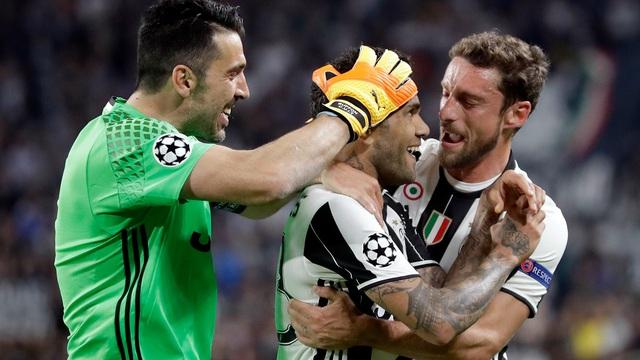 Thâu tóm cả châu Âu trong lòng bàn tay, Juventus xóa tan nỗi đau 10 năm