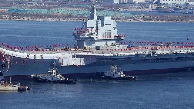 """Trung Quốc lo tàu sân bay hóa """"sắt vụn"""" vì sứa biển"""
