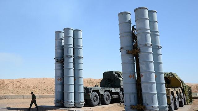 Phó Thủ tướng Nga: Serbia chế tạo S-300 bằng gỗ cũng đủ để phương Tây chết vì sợ hãi