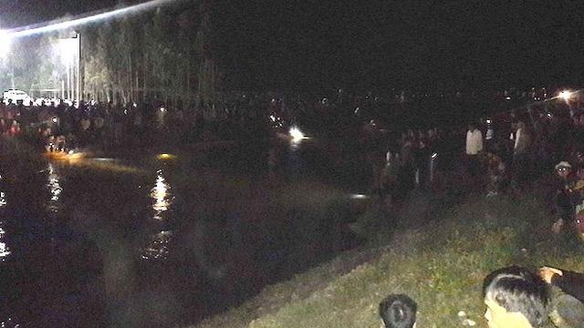 Hàng chục người tìm kiếm thi thể nam sinh lớp 10 bị nước cuốn trôi