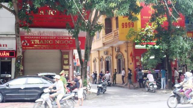 """Tiệm vàng ở Hà Tĩnh bị kẻ gian đột nhập, """"khoắng"""" hơn 1 tỷ đồng trong đêm"""