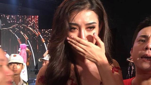 Lý do thật sự khiến Huyền My trượt Top 5 Hoa hậu Hòa bình casino o viet nam 2017
