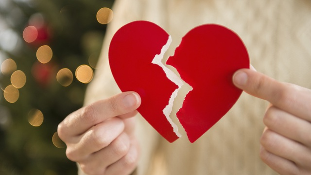 """9 dấu hiệu sẽ """"khai tử"""" cho một mối quan hệ, hãy nhận biết để làm việc nên làm!"""