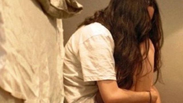 """""""Yêu râu xanh"""" hiếp dâm cô gái trẻ ngoại quốc trong chung cư ở Sài Gòn"""