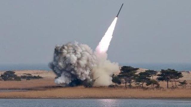 Hàn Quốc tuyên bố Triều Tiên vừa phóng tên lửa thất bại
