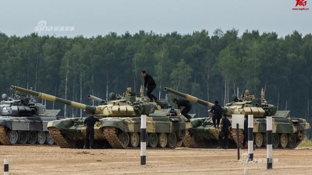 """Trung Quốc cay cú tố cáo Nga vô địch Tank Biathlon 2017 nhờ """"tiếng còi đen"""""""