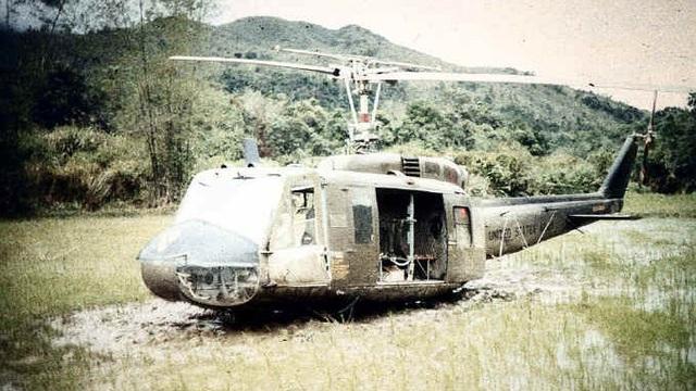 Chỉ có ở Việt Nam: Súng ngắn K54 bắn rụng trực thăng, súng trường K44 vít cổ phản lực Mỹ