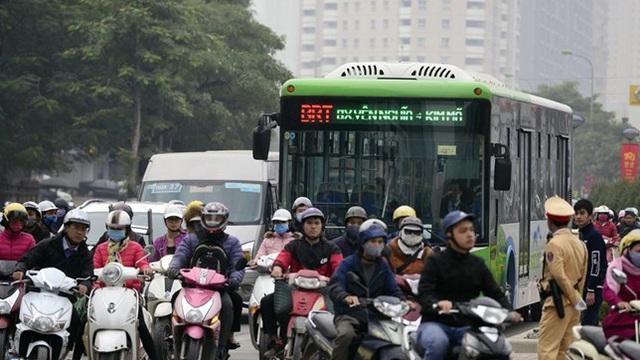 Đề xuất lắp dải phân cách cứng ở nhà chờ buýt nhanh BRT