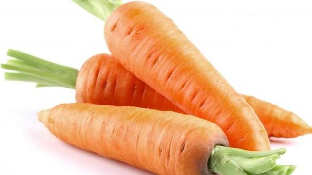 Điều gì xảy ra nếu bạn ăn cà rốt hàng ngày?