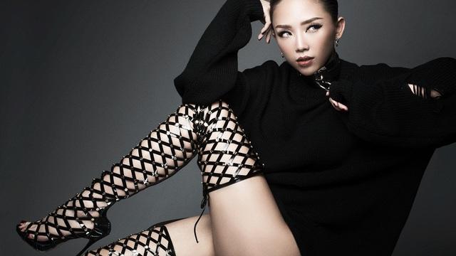 Tóc Tiên hủy nhiều show diễn để tập trung làm HLV The Voice
