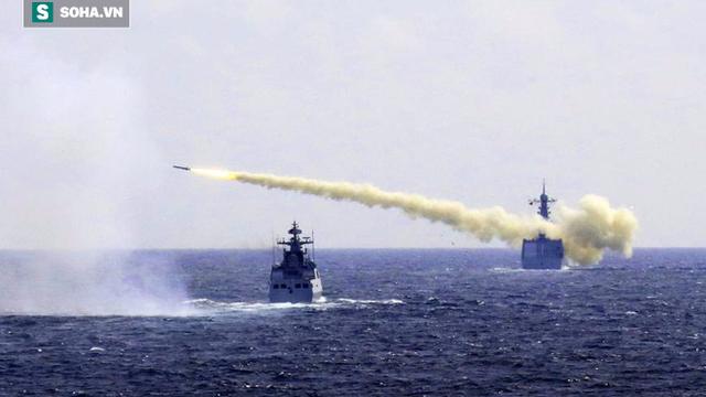 """Hoàn Cầu: """"Sát thủ mẫu hạm"""" của TQ đã sẵn sàng xóa sổ cả tàu sân bay Mỹ lẫn THAAD"""