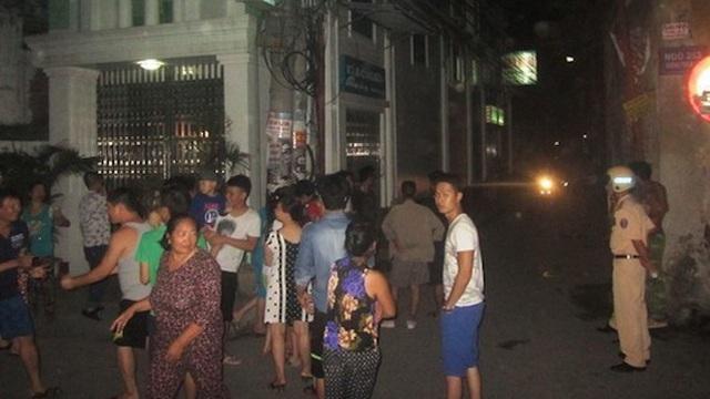 Trai làng cầm kiếm chém nhóm tụ tập uống rượu ở ngã 3 đường