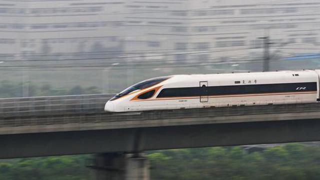 Tham vọng tàu siêu tốc và món nợ khổng lồ của Trung Quốc