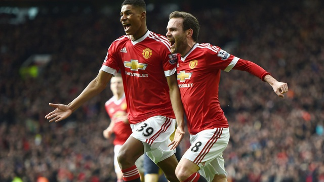 """Marcus Rashford """"nhắc khéo"""" Mourinho: Tôi là một số 9..."""