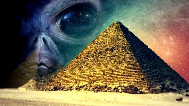 """""""Mổ xẻ"""" những bí mật còn ẩn chứa bên trong kim tự tháp Ai Cập"""