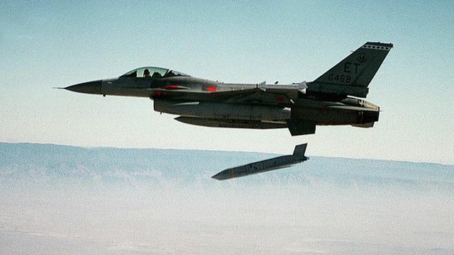 Các tên lửa hành trình JASSM-ER đầu tiên của Mỹ đã tới Ba Lan