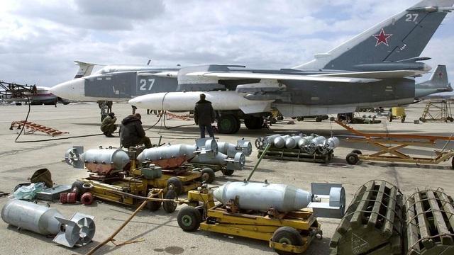 """IS đã phạm sai lầm chiến lược: Vô tình kích hoạt """"cối xay thịt"""" đẫm máu ở Syria"""