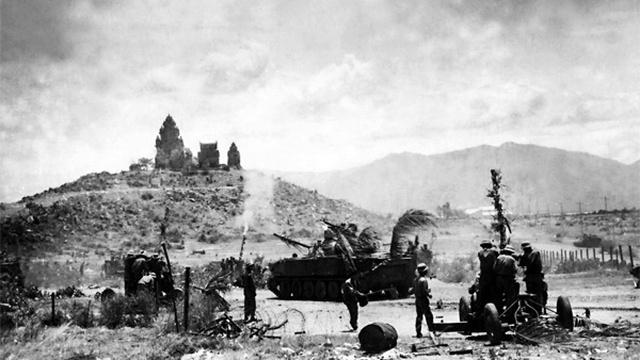 Thần tốc tiến về giải phóng Sài Gòn: Thành lập cánh quân Duyên Hải - Đánh địch mà đi