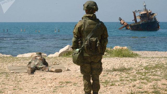 Ảnh: Lính thủy đánh bộ Nga và Syria tập trận chung ở Tartus
