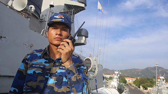 Chỉ huy trẻ trên con tàu hiện đại