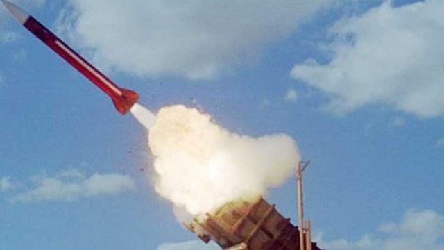 Israel phóng tên lửa đánh chặn vào Syria