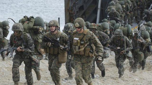 """Bán đảo Triều Tiên """"căng như dây đàn"""", quân nhân Mỹ ở Hàn Quốc bất ngờ nhận tin nhắn sơ tán"""