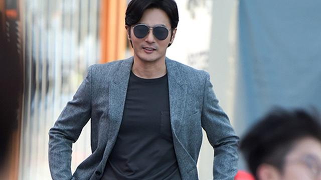 """""""Đệ nhất mỹ nam Hàn"""" một thời Jang Dong Gun: """"Tôi không phải là người chồng, người cha tốt"""""""
