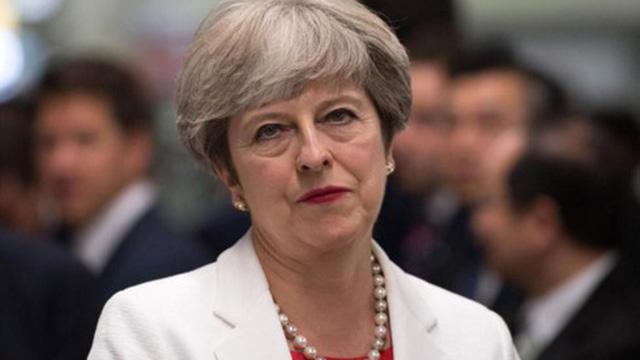 Thủ tướng Anh đối mặt nguy cơ bị phế truất sau bỏ phiếu bất tín nhiệm