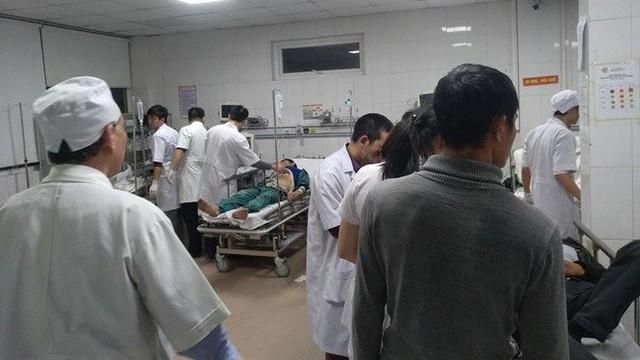 Sập giàn giáo bến xe ở Nghệ An: Hé lộ danh tính 10 nạn nhân